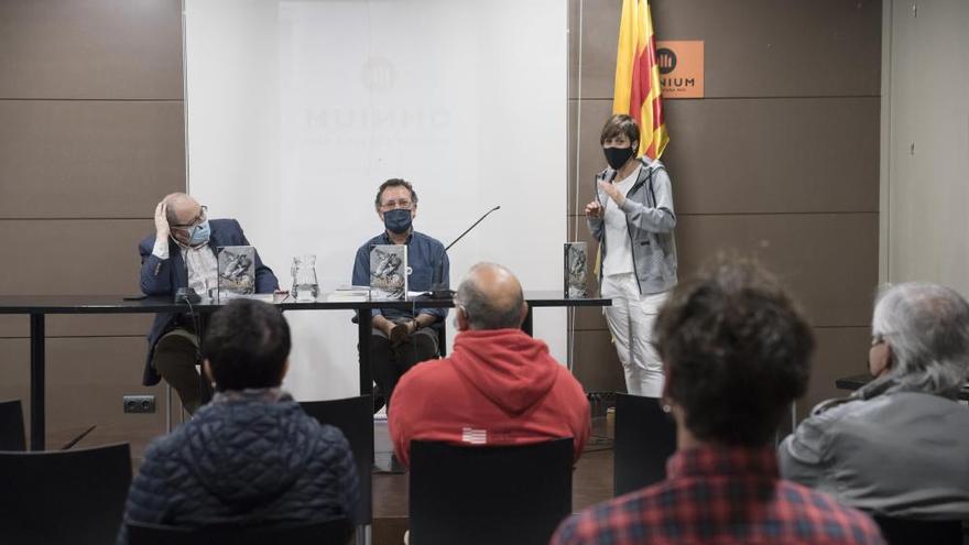 Antoni Gelonch presenta el seu nou llibre «Napoleó, la revolució i els catalans» a l'Espai Òmnium de Manresa
