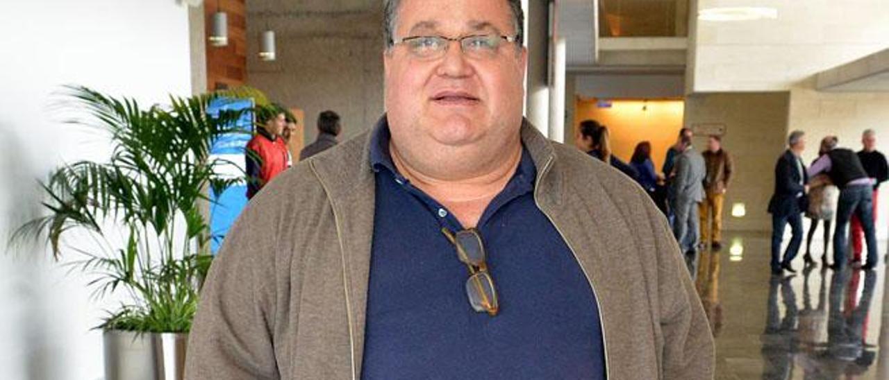 Nemesio Pérez Rodríguez en el auditorio de Agüimes.