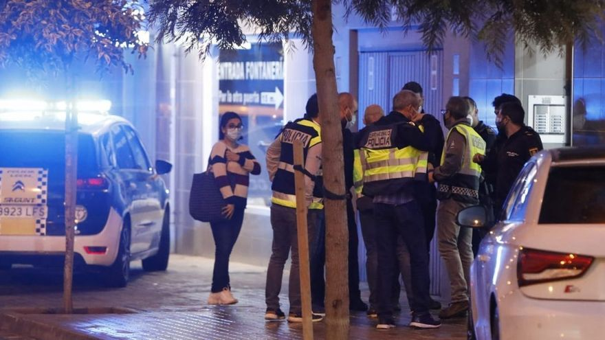 Un hombre mata a su mujer y luego se quita la vida en Valencia