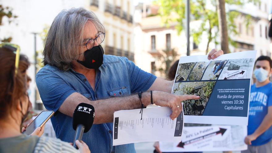 Vecinos de Las Moreras volverán a cortar la carretera de Trassierra para exigir mayor atención al barrio