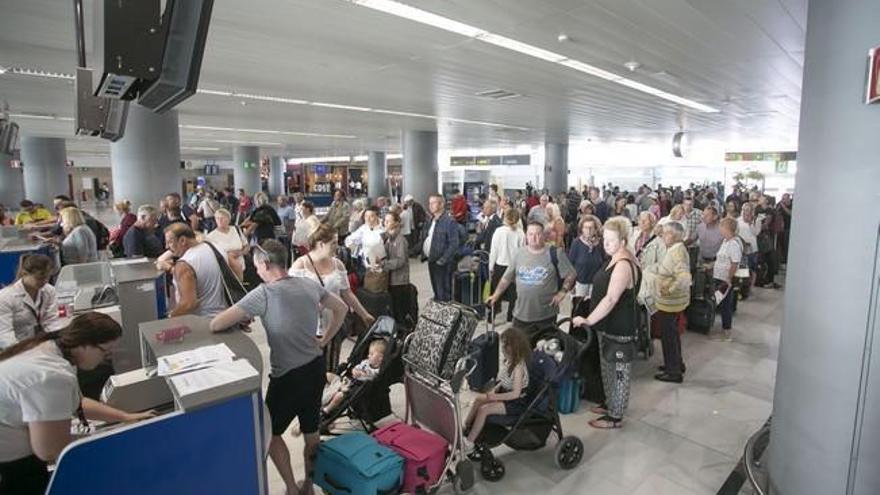 El Aeropuerto de Fuerteventura amplía su oferta de rent a car