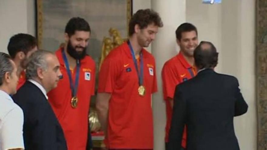 """Rajoy, a los campeones: """"Gracias por hacer favor a los españoles"""""""