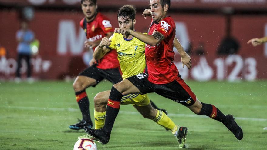 El Mallorca ultima la salida de Carlos Castro al Elche