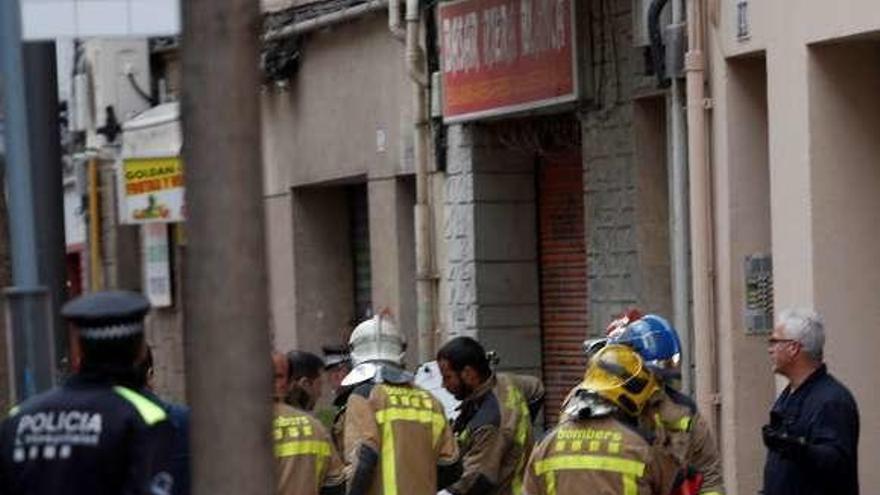 Una mujer y sus dos hijos fallecen al incendiarse su casa mientras dormían