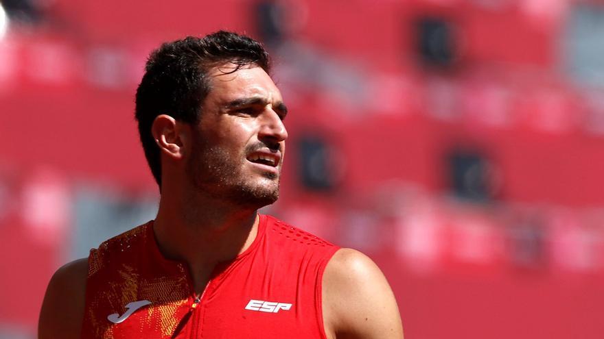 Ureña logra su mejor marca personal y termina noveno en su debut olímpico en decatlón