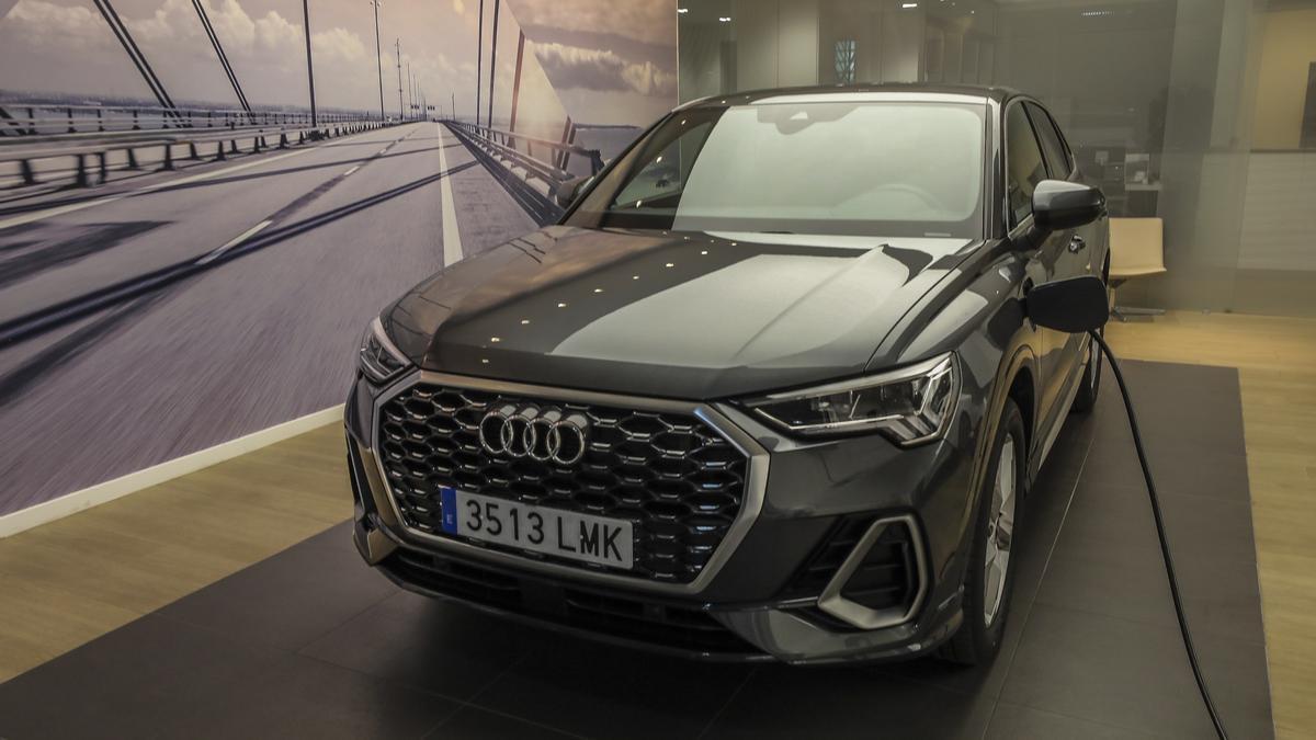 En los concesionarios Audi de Grupo Serrano  Automoción  encontrarás toda la gama  100% eléctrica y de híbridos enchufables.