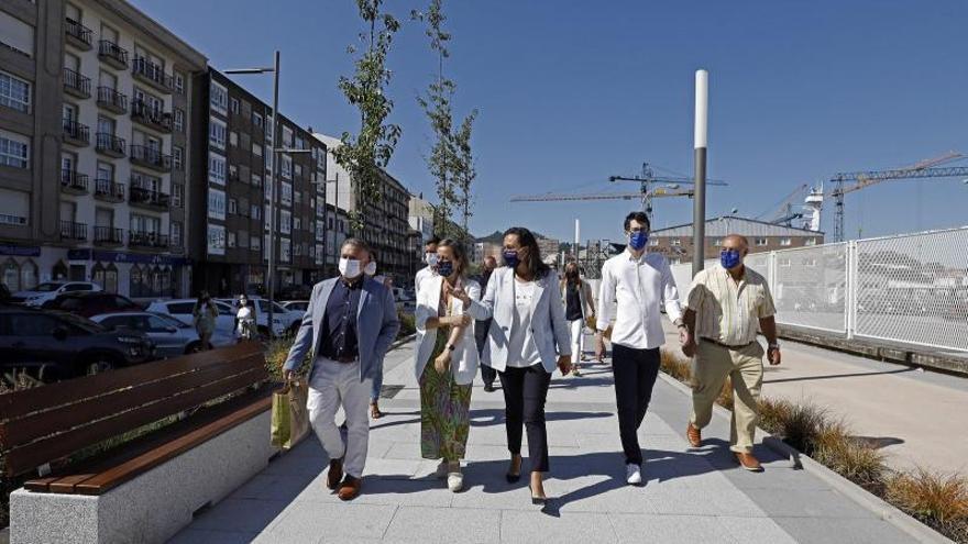 Ramallo anuncia la mejora del otro margen al estrenar el paseo de Avenida de Ourense