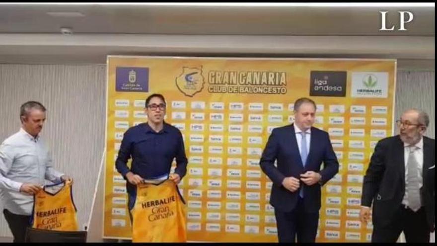 Willy Villar y Porfi Fisac, presentados con el Granca