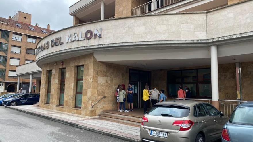 Emocionado adiós en Sama al senderista langreano fallecido en Alicante