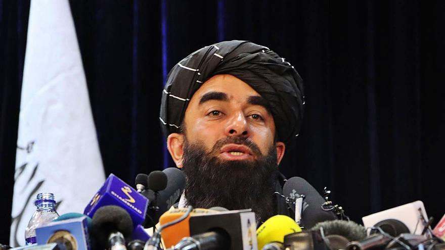Els talibans avisen que si els EUA segueixen a l'Afganistan més enllà del 31 d'agost creuaran «una línia vermella»