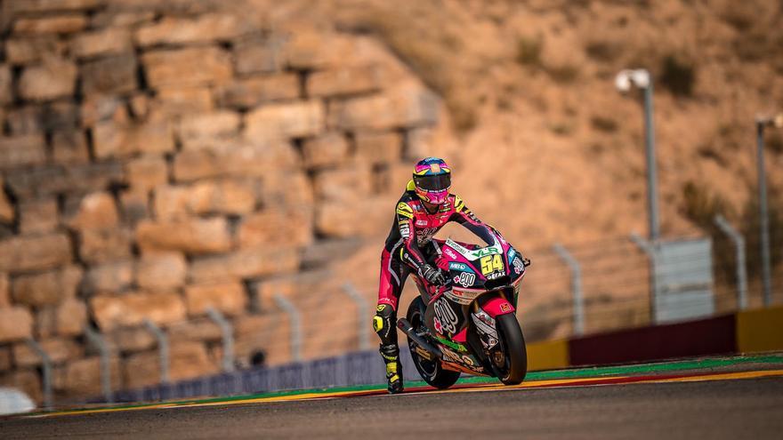 Fermín Aldeguer ya se codea con los mejores de Moto2