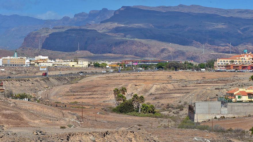 El Ayuntamiento de San Bartolomé de Tirajana ocupa los terrenos para el parque comercial El Hornillo