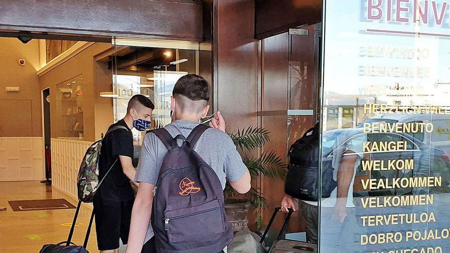 Sin turistas y con dos borrascas: los hoteles cierran el puente con un 15% de ocupación