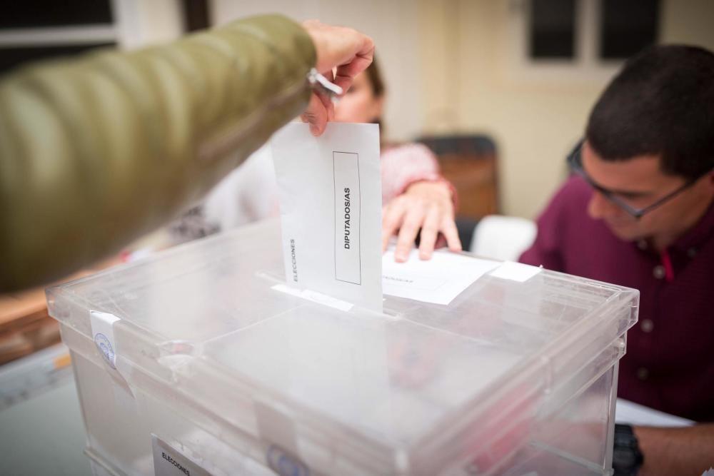 La jornada electoral del 10N en Tenerife