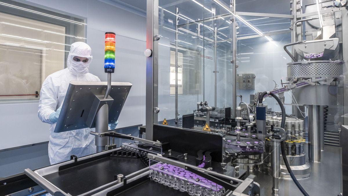 Laboratorios de Hipra, donde se está haciendo la vacuna española contra la Covid-19.