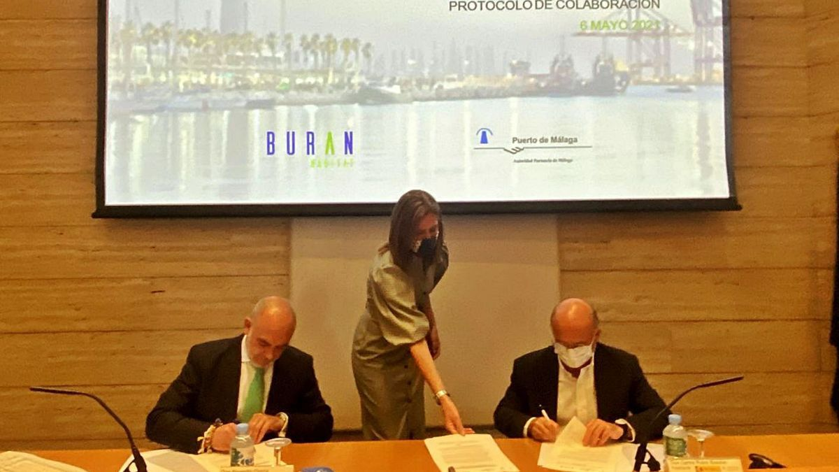 Firma del protocolo de intenciones rubricado ayer entre Rubio y García
