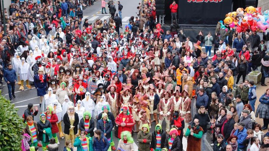 Aplazado por lluvias y viento el desfile de comparsas de Gondomar