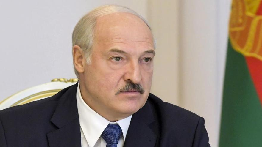 Lukashenko refuerza la frontera y vigila a la OTAN