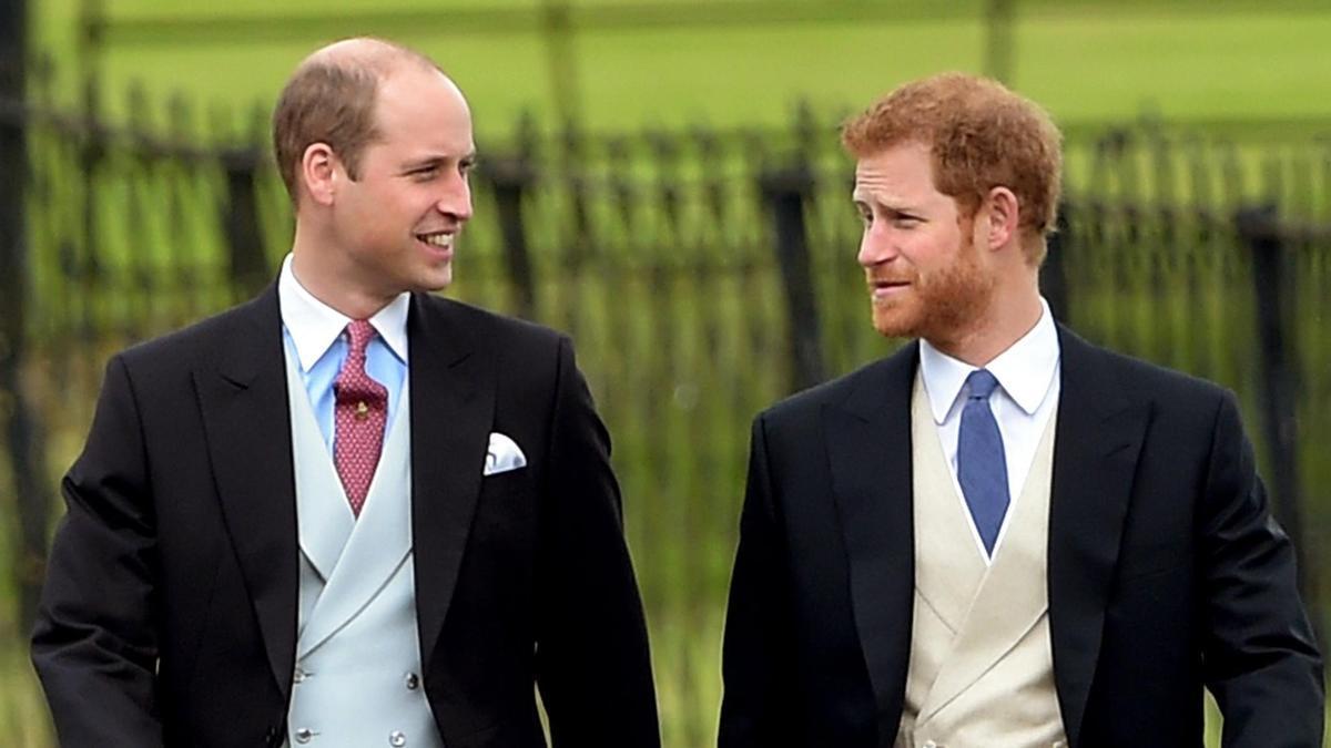 El exdirector de la BBC pide disculpas al príncipe Guillermo por la entrevista a Diana.