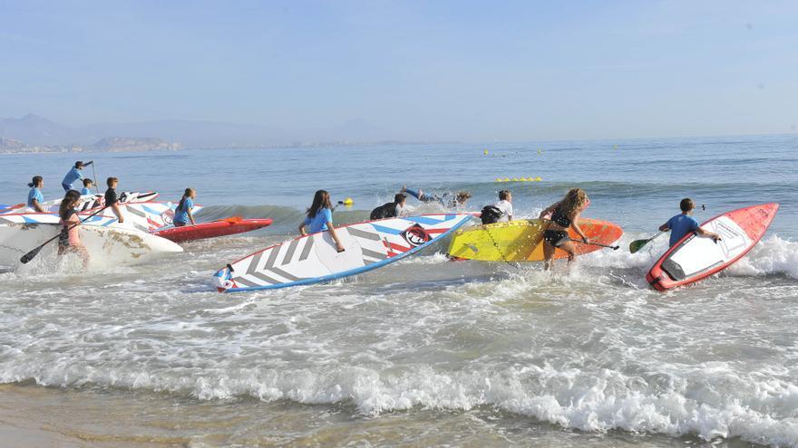 Paddle surf: El respiro de flotar en el mar