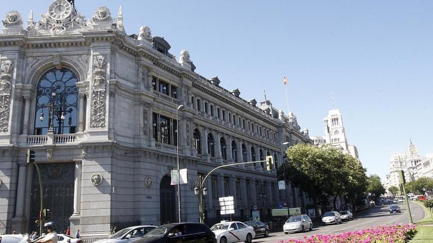 """Banco de España prevé que la segunda ola mantenga un nivel de ahorro """"elevado"""""""