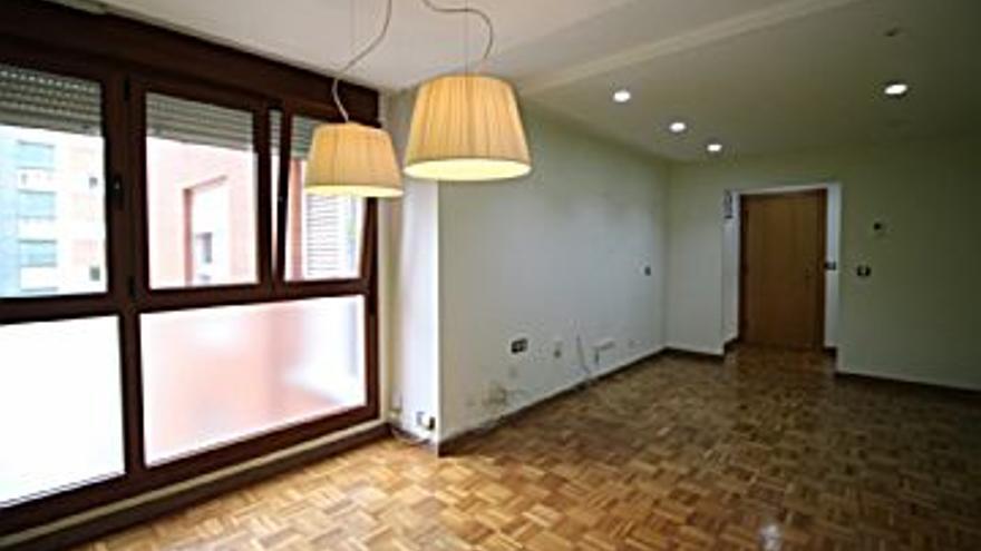 550 € Alquiler de piso en La Calzada (Gijón) 70 m2, 2 habitaciones, 2 baños, 8 €/m2...