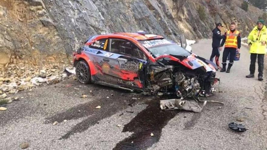 Brutal accidente del campeón Tanak en Montecarlo