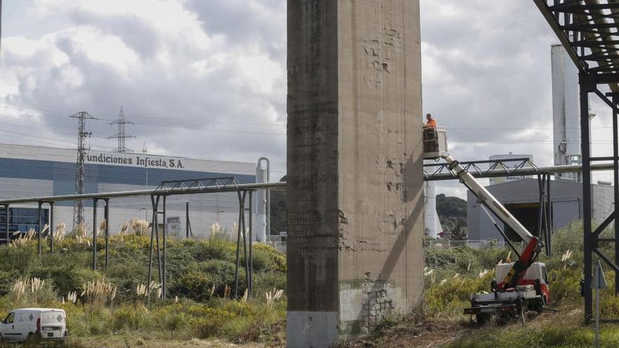 """Fomento reparará en breve el viaducto de Somonte, tras comprobar """"deterioros puntuales"""" en su estructura"""
