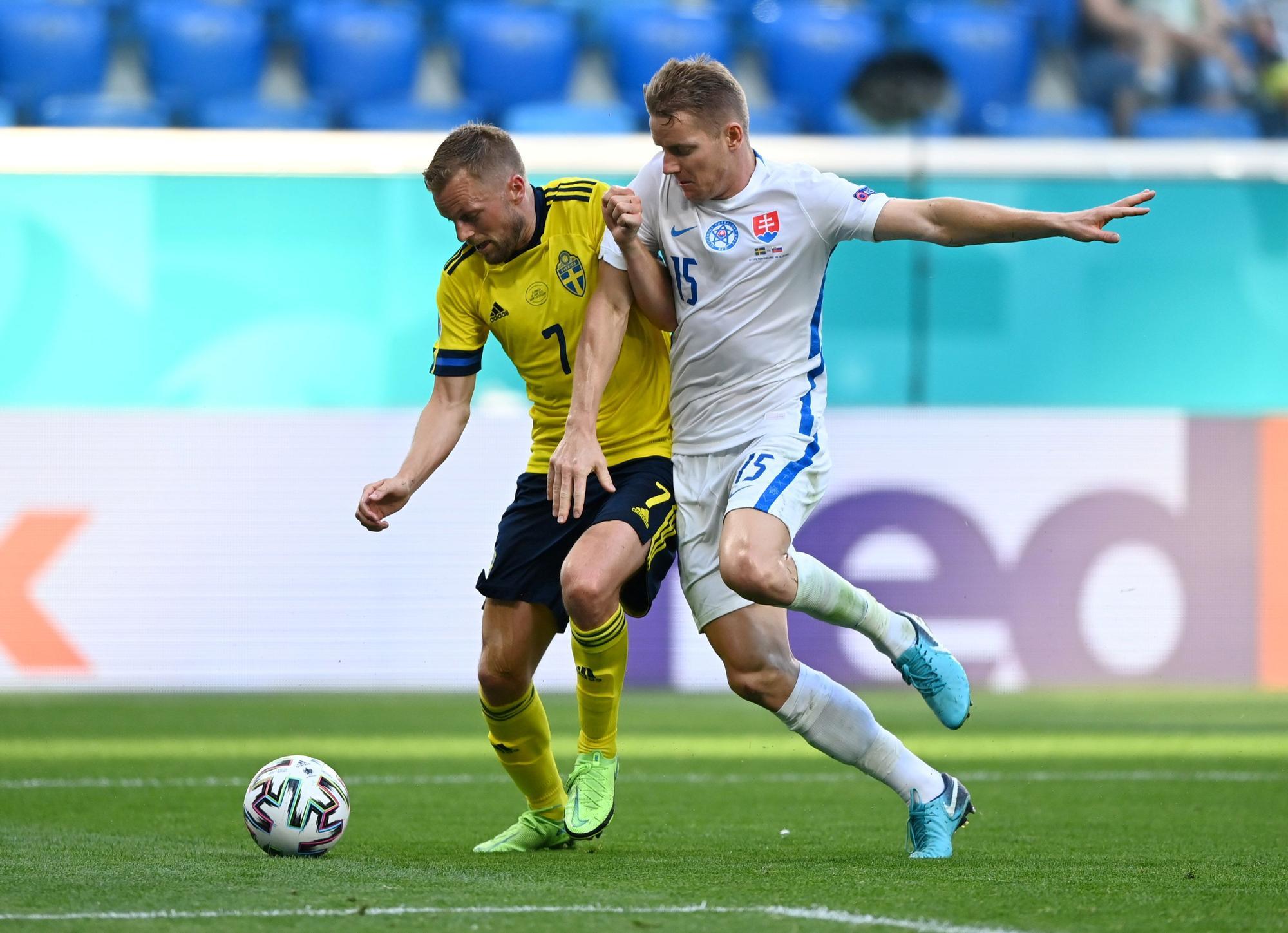 Este es el once de Eslovaquia contra España