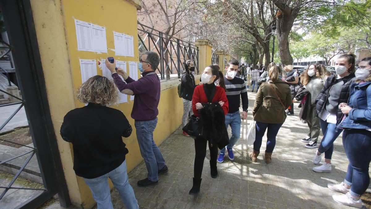Exámenes MIR 2020 en València