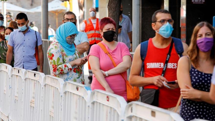 España registra más de 2.500 brotes en la nueva normalidad, 687 en la última semana