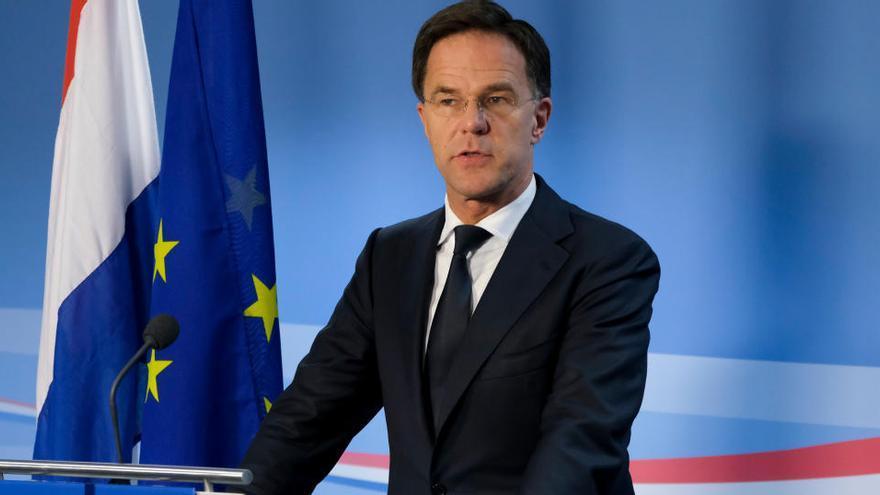 El govern holandès dimiteix arran de l'escàndol per la discriminació racial en les ajudes socials