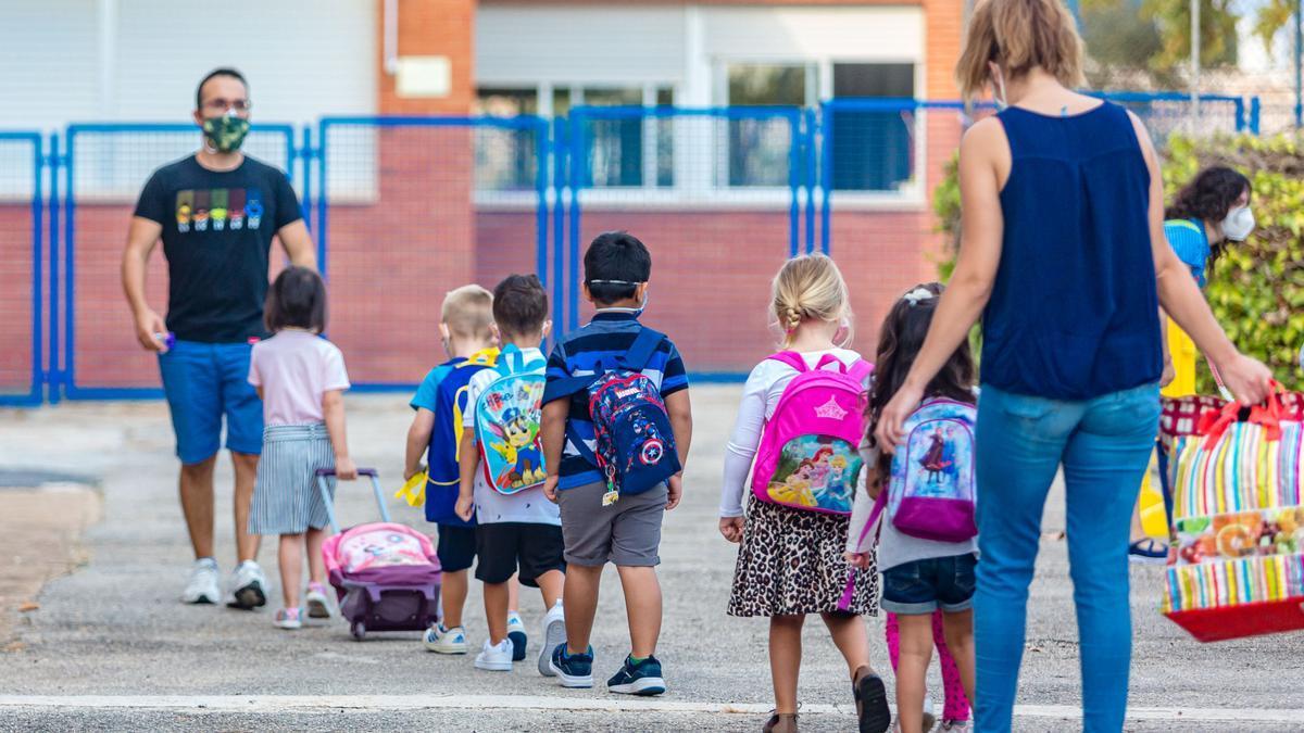 Grupo burbuja   de un colegio de  la provincia.