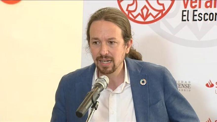 """Iglesias ve """"incompatibles"""" unos Presupuestos con el PP"""