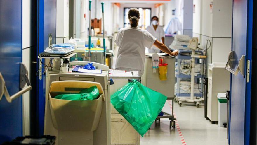 Tres de cada cien enfermos de covid de Ibiza y Formentera están hospitalizados