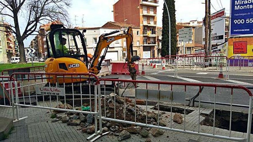 Dilluns es tallarà l'accés a la plaça de la Creu des de la carretera de Santpedor