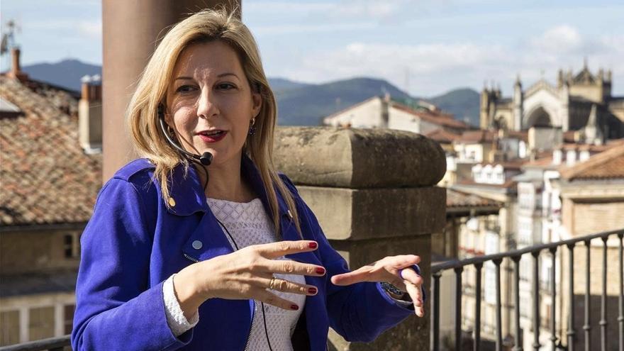 Eva García Saénz de Urturi gana el Planeta con 'Aquitania'
