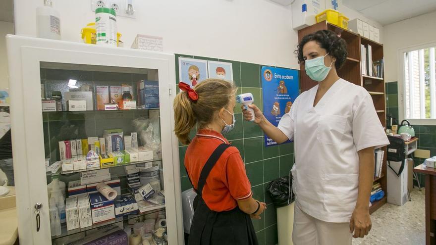 Investigan a la alcaldesa de Onda por contratar a enfermeras escolares sin tener competencias y ella niega cualquier delito