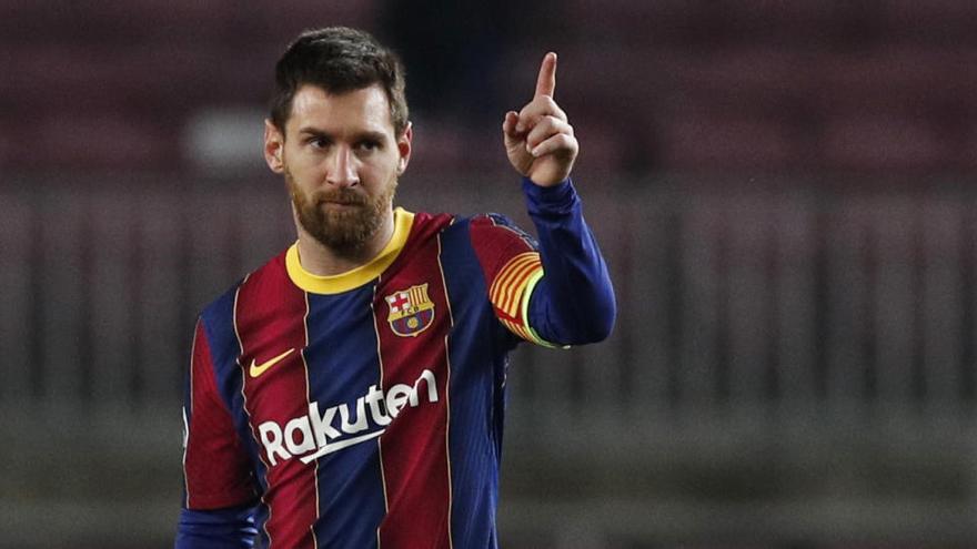 El Barcelona recibe al Cádiz obligado a aferrarse a la Liga