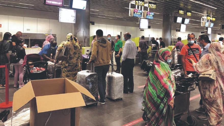 Marruecos repatría de las Islas a 160 residentes con la prueba PCR negativa