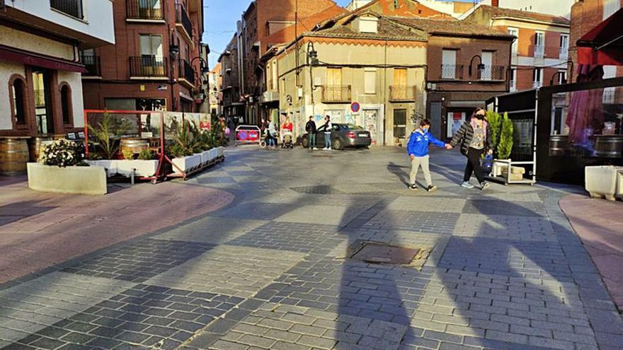 Adjudicada la renovación de redes de la plaza Juan Carlos I de Benavente, por 366.872 euros