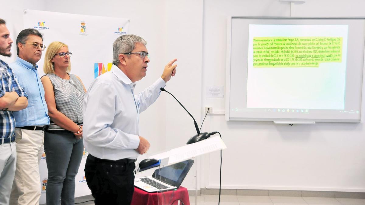 PP-AV defiende la estricta y necesaria legalidad jurídica del Siam Park