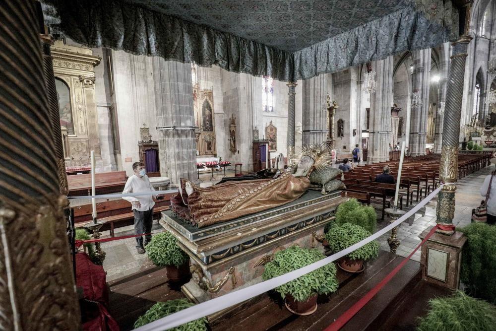 El 'llit de la Mare de Déu' de Santa Eulàlia.
