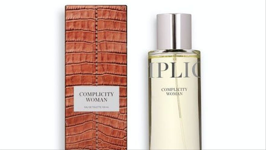Perfume Complicity Woman.