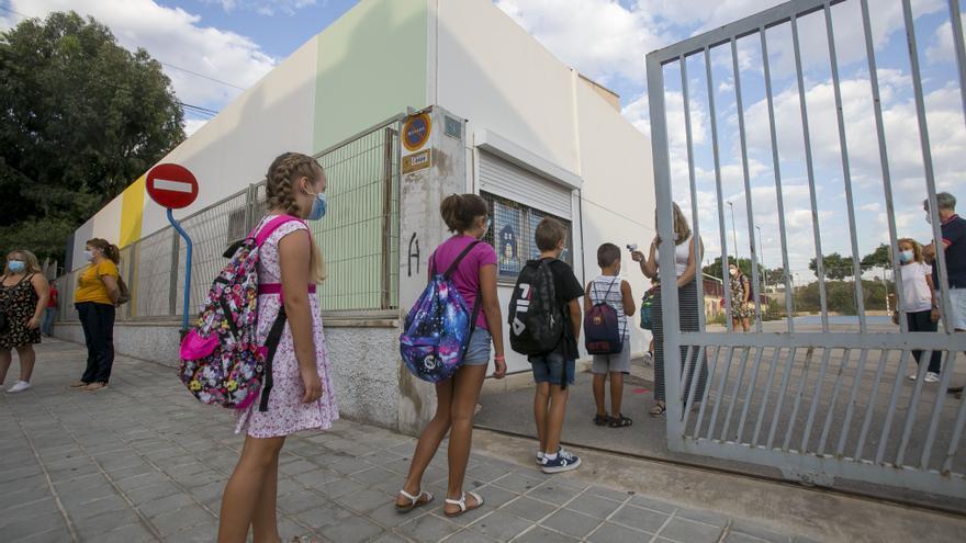Vuelta al cole en Alicante: los niños no volverán a clase hasta el 8 de septiembre en la provincia de Alicante