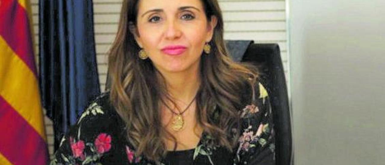 Noelia Aznar, directora de la Asociación de Enfermos Mentales de Elche.  | INFORMACIÓN