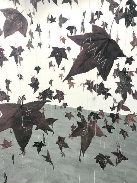 """365 hojas, 365 mujeres"", de Elvira Smeke."