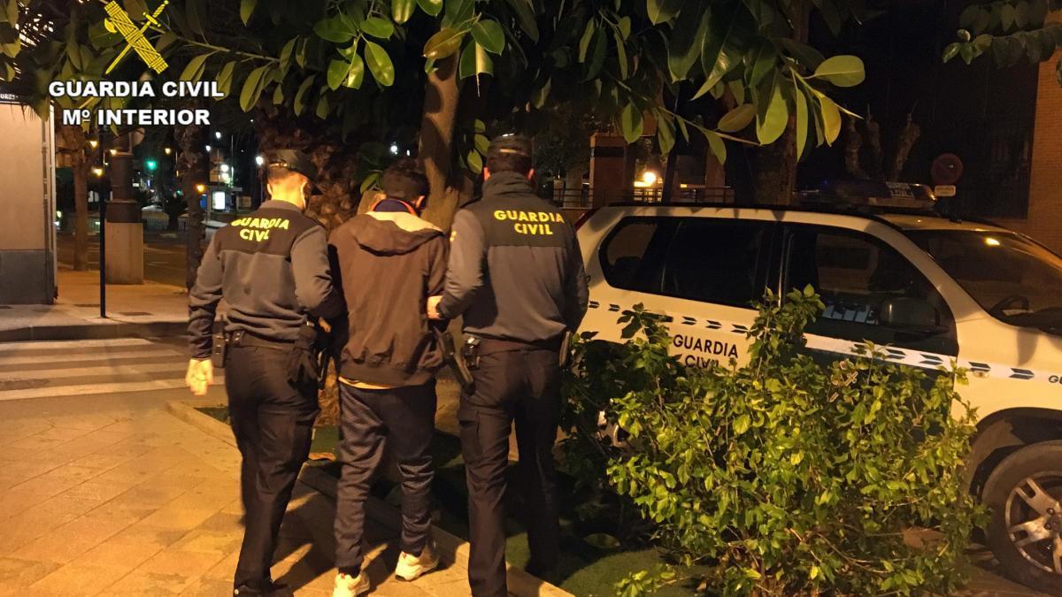 Detenido un hombre que cometió una decena de robos en garajes de Alguazas
