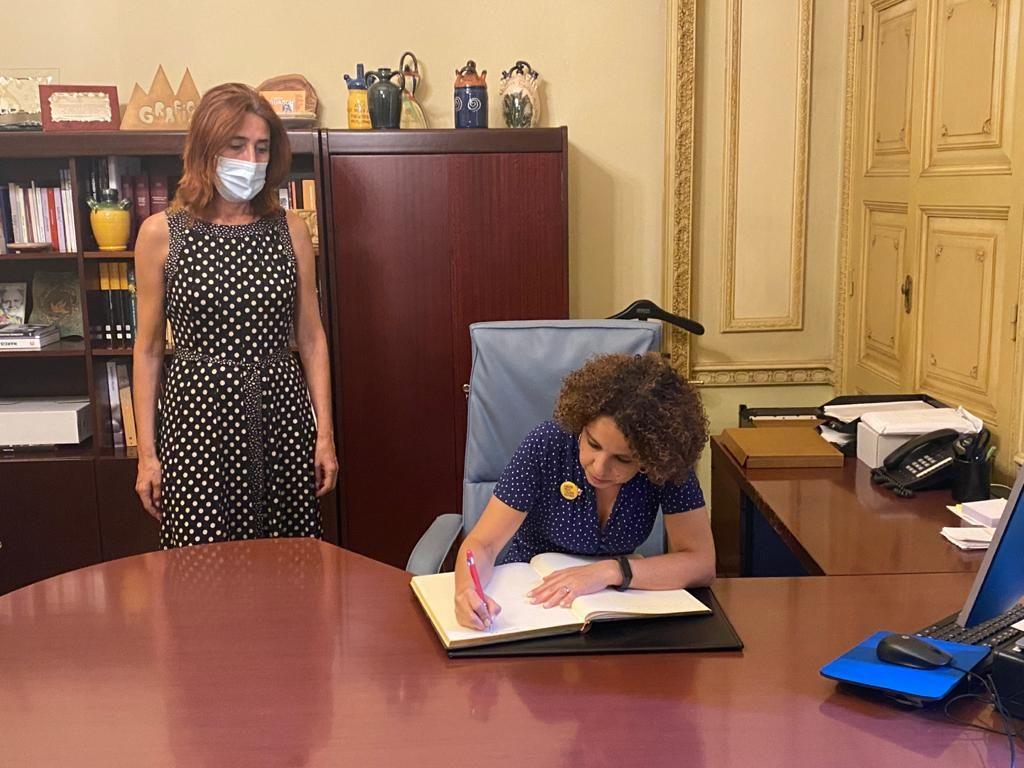 Primera visita institucional de la delegada del Govern a l'Alt Empordà