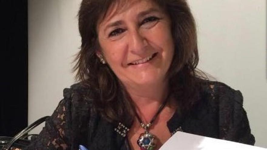 María José Alcázar Bernal (Colegio de Protésicos Dentales): «Somos manos profesionales que aúnan arte  y ciencia para devolver salud y sonrisas»